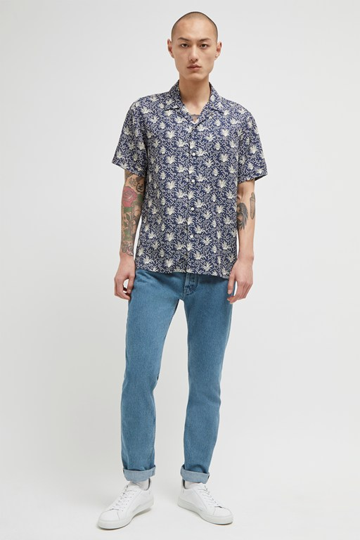 palm print lyocell shirt