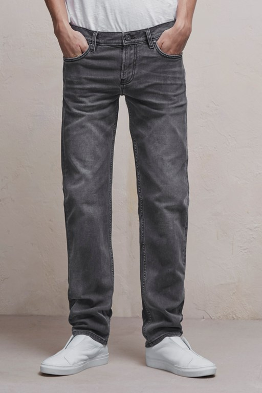 Complete the Look 72-Denim Stretch Skinny Jeans