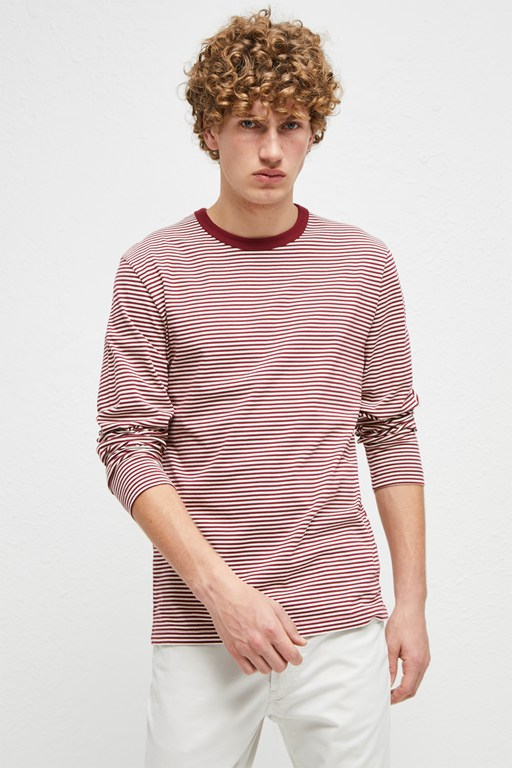 odd stripe crew neck t-shirt