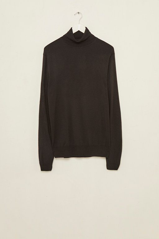 modern viscose roll neck