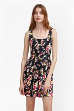Looks Great With River Daisy Print Flared Dress