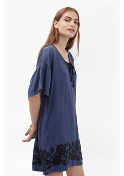 Mai Stitch Floral Embroidered Tunic Dress