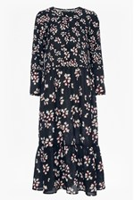 Looks Great With Eva Crepe Loose Fit Maxi Dress