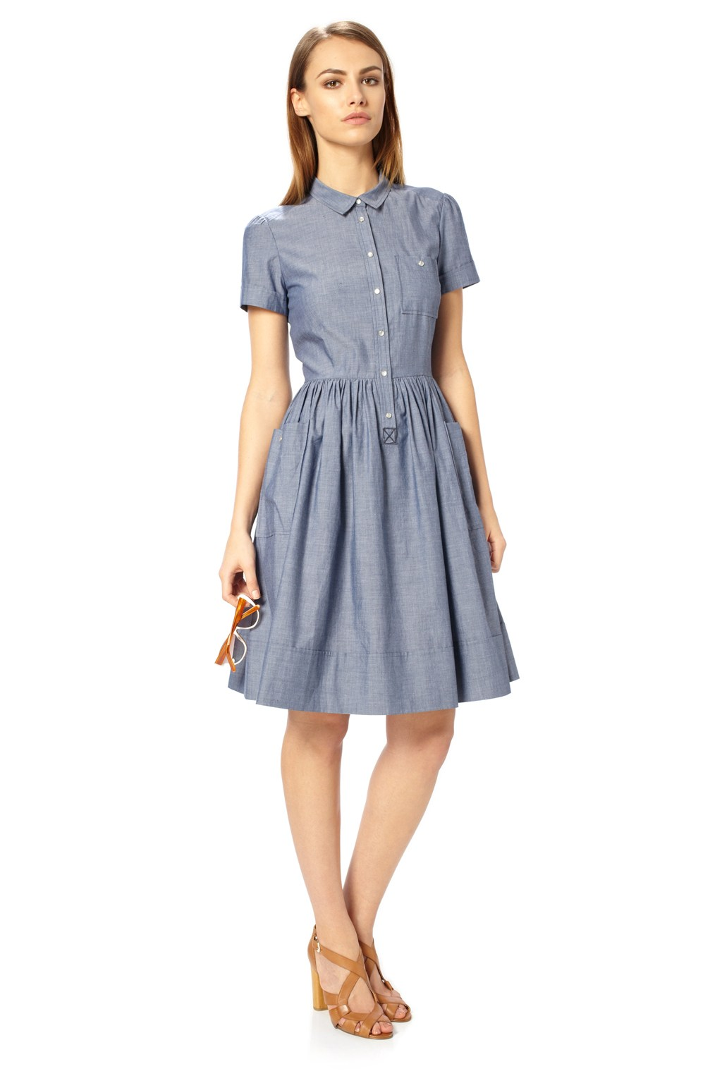 This chambray dress is a customer favorite with a comfortable full-length fit, easy-wear design and handy side-seam pockets. It's made to fit your life perfectly. Chambray dress in % cotton fabric.