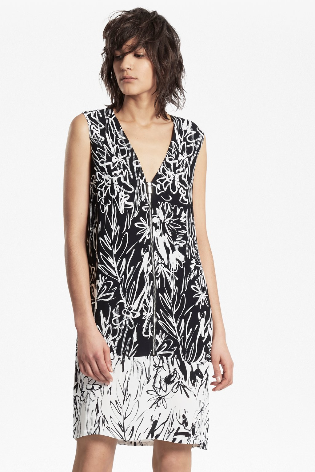 Copley Crepe Print Shift Dress - Black/summer white French Connection