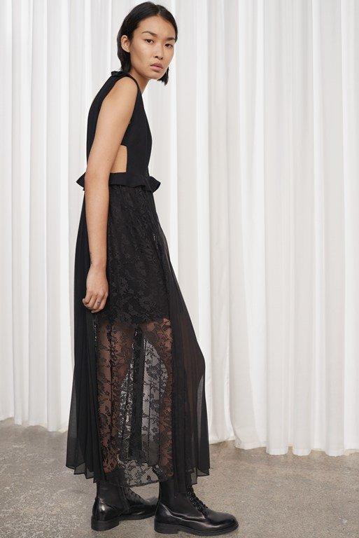 Complete the Look Angelina Pleated Lace and Jersey Maxi Dress