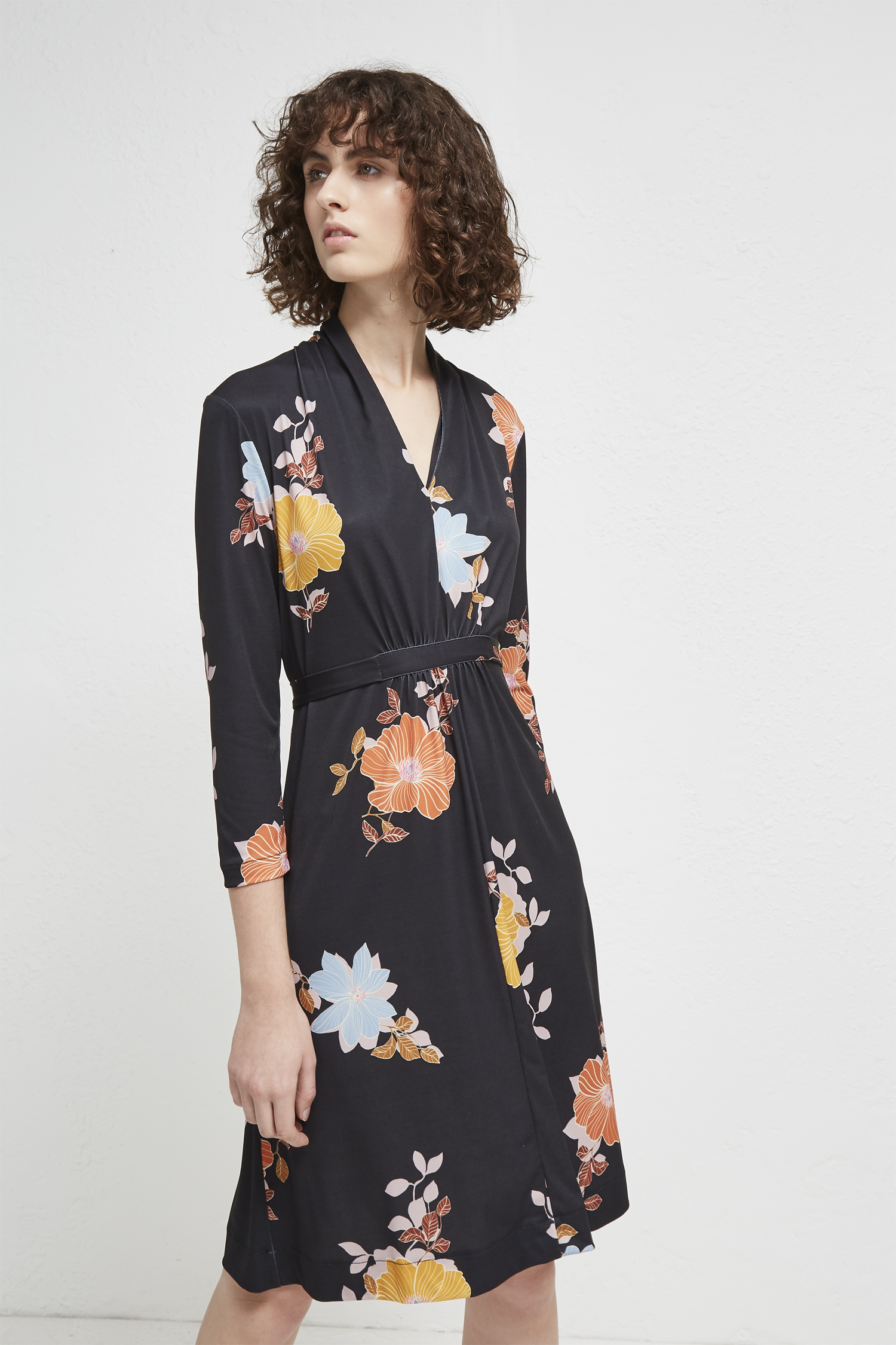 High Neck Floral Dress With Flare Sleeve - Black/beige Parisian Genuine Sale Online Quality From China Cheap ihpstdix