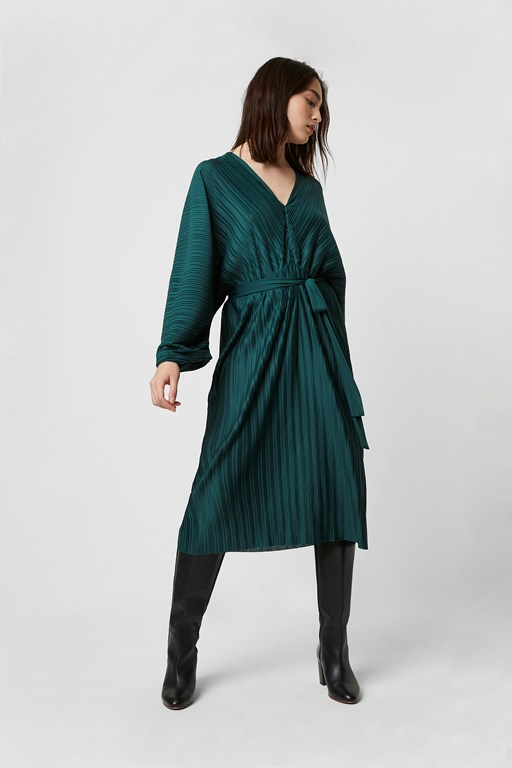 regi pleat dolman sleeve dress