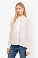 Looks Great With Pippa Plains Tie Neck Shirt