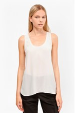 Looks Great With Super Silk Sleeveless Tank Top