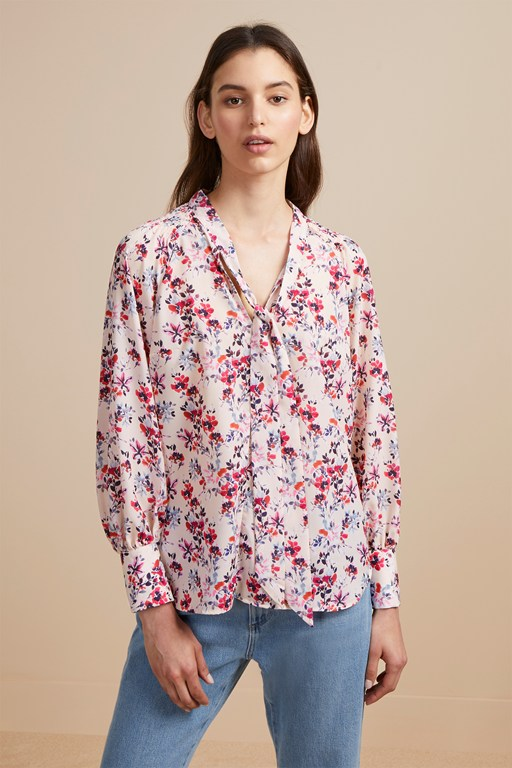 linosa crepe light floral blouse