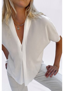 Ineta Light V Neck Top