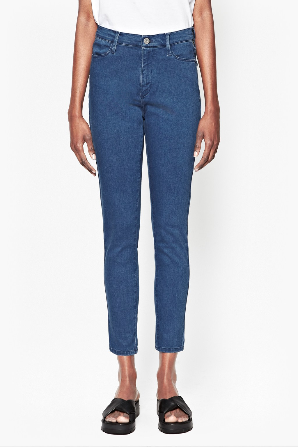 High Rise Slim Cropped Jeans