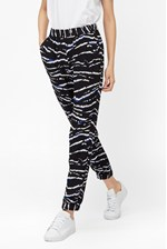 Looks Great With Tapir Wave Crepe Trousers
