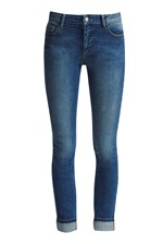 Looks Great With Rigid Look Skinny Jeans
