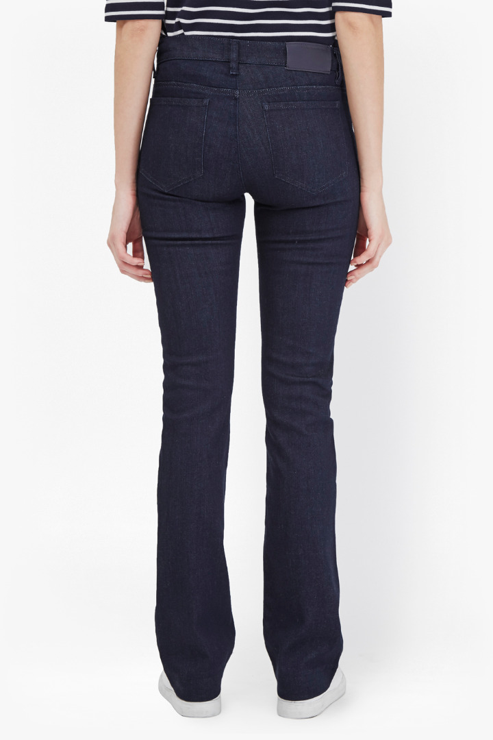 How to narrow bootcut jeans