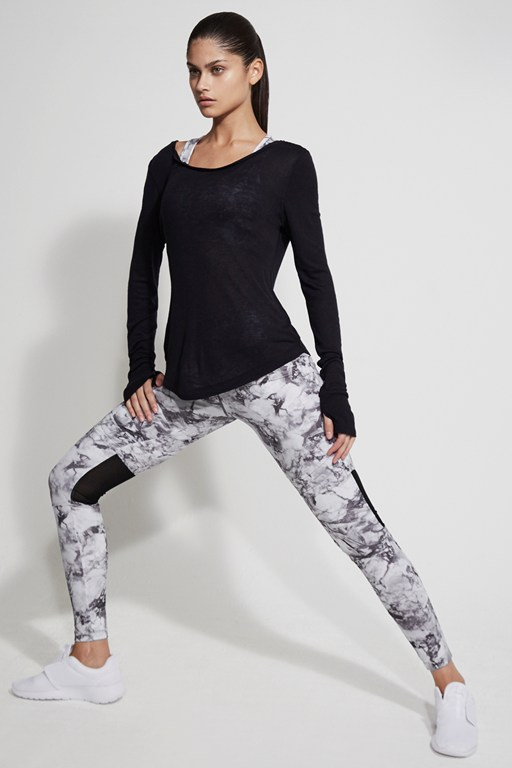 comfort stretch marble print performance leggings