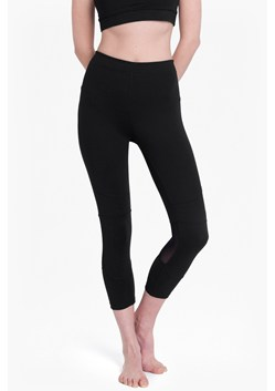Comfort Stretch Cropped Performance Leggings