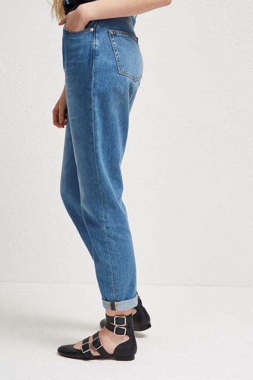 Complete the Look Soft Authentic 90's Gaucho Jeans