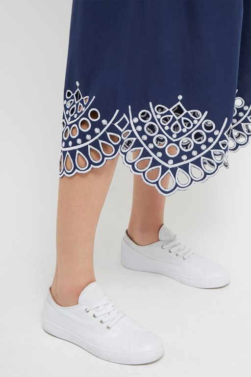 Complete the Look Briza Broderie Anglaise Culottes