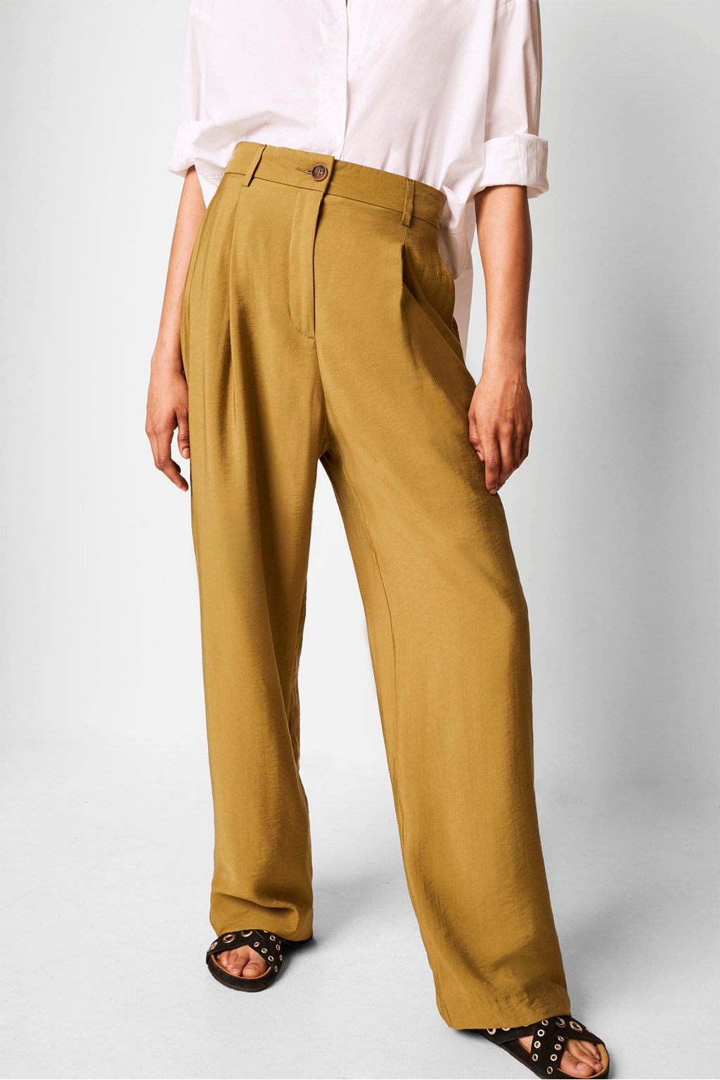 BREKHNA DRAPE WIDE LEG TROUSER by french connection, available on frenchconnection.com for EUR44 Gigi Hadid Pants Exact Product