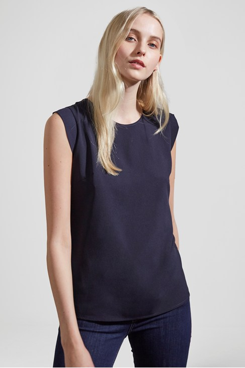 Classic Polly Plains Cap-Sleeved T-Shirt