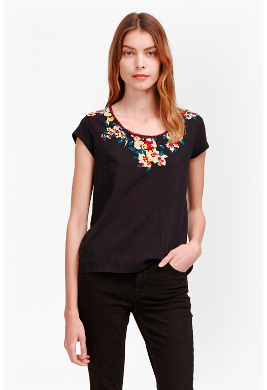 River Daisy Printed Stitch Neck T-Shirt