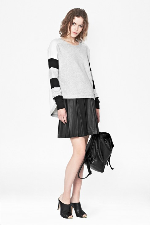Varsity Vhari Scoop Hem Jumper