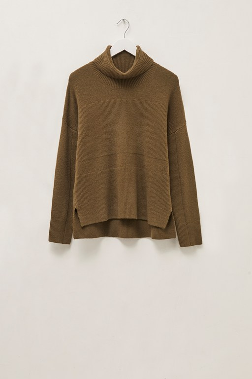 river vhari knits roll neck jumper