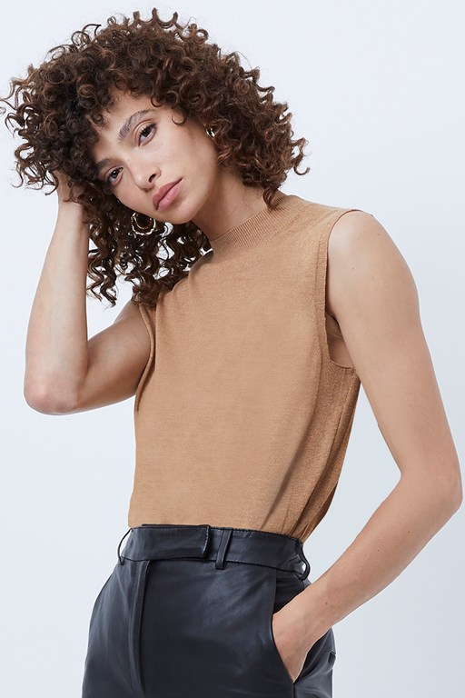 Complete the Look Klarise Knitted Sleeveless Jumper