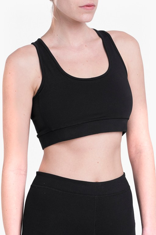 Complete the Look Comfort Stretch Performance Sports Bra