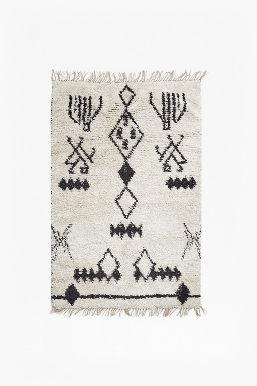 black and white aztec patterned rug