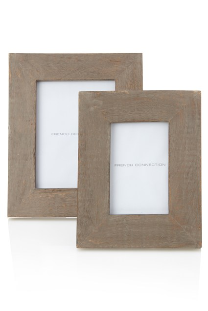 Grey washed photoframe
