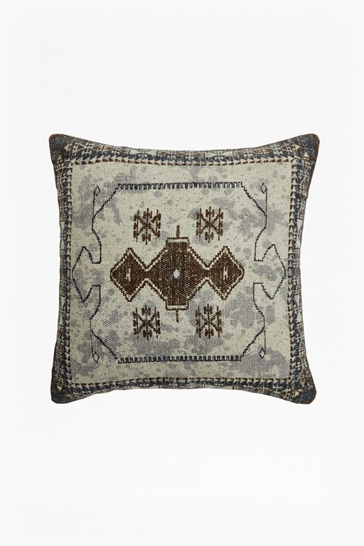 Complete the Look Vintage King Cushion