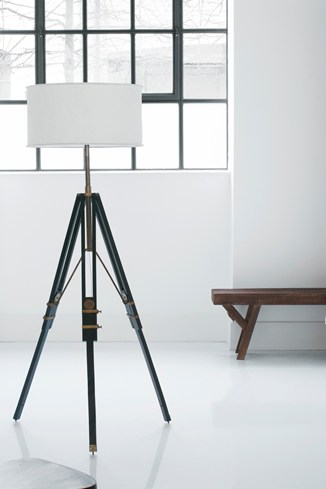 Sheesham Tripod Lamp