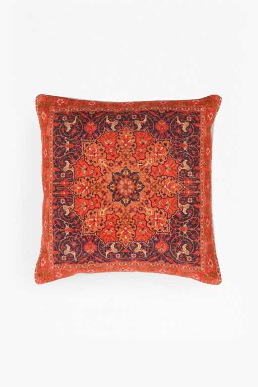 spice route cushion