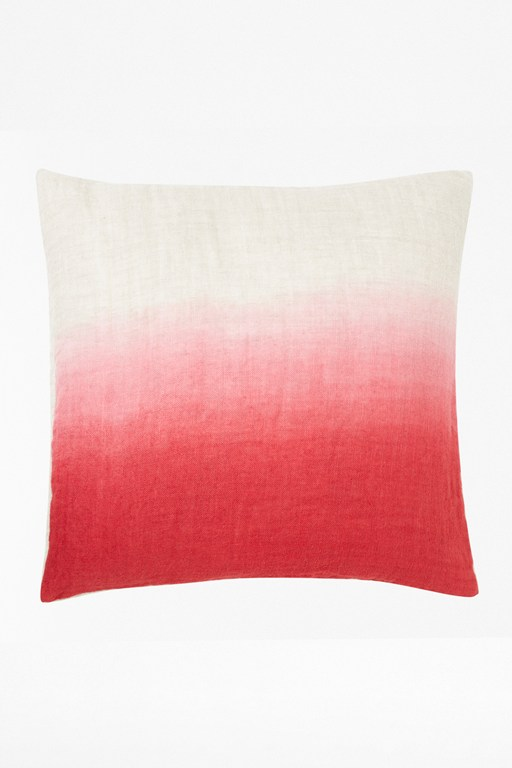 ruby ombre cushion