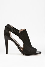 Looks Great With Novella Croc-Effect Leather Heels
