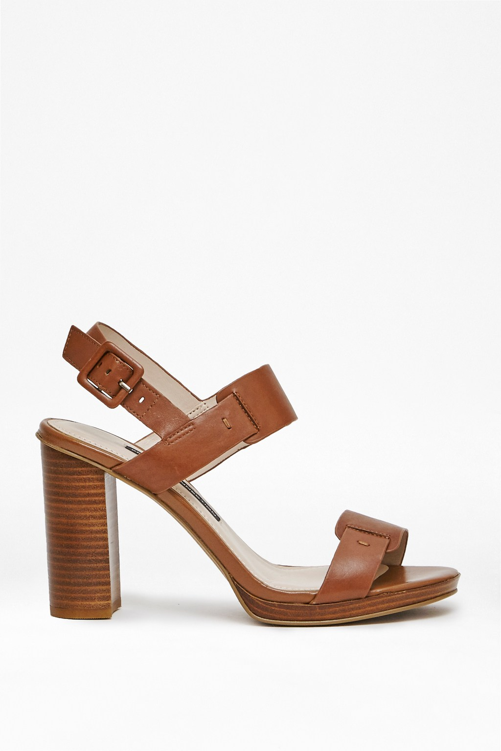 Leather Low Heeled Shoes