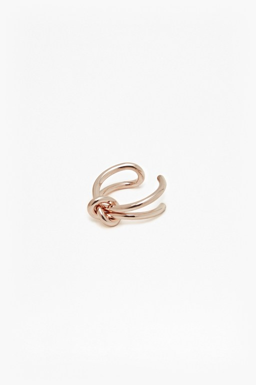 Complete the Look Core Looped Knot Ring