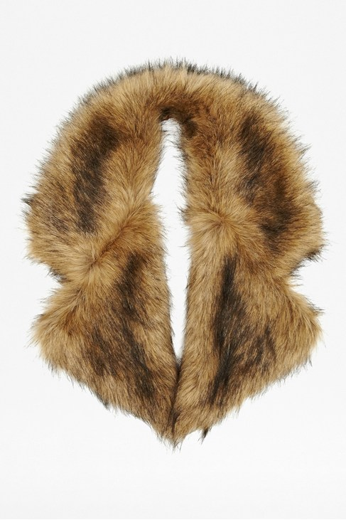 Lucy Faux Fur Collar