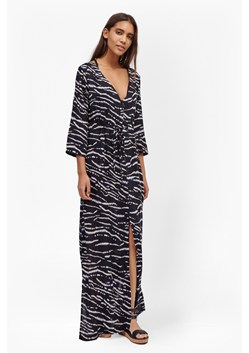 Tapir Wave Beach Maxi Dress
