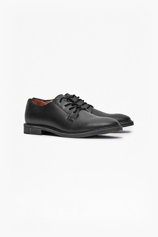 Complete the Look Cameron Leather Formal Shoes