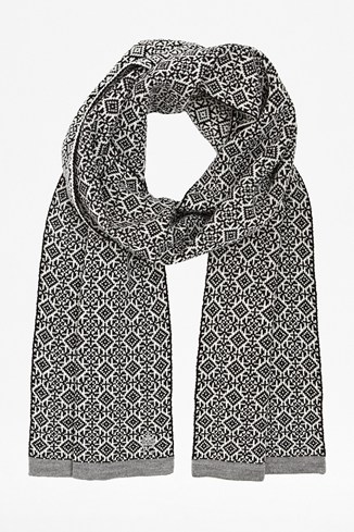 Pattern Liberation Tipping Scarf