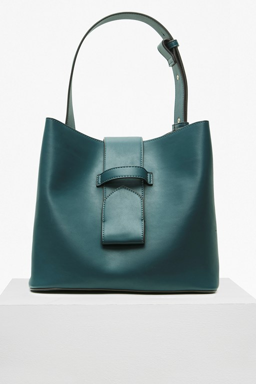 contemporary bucket bag
