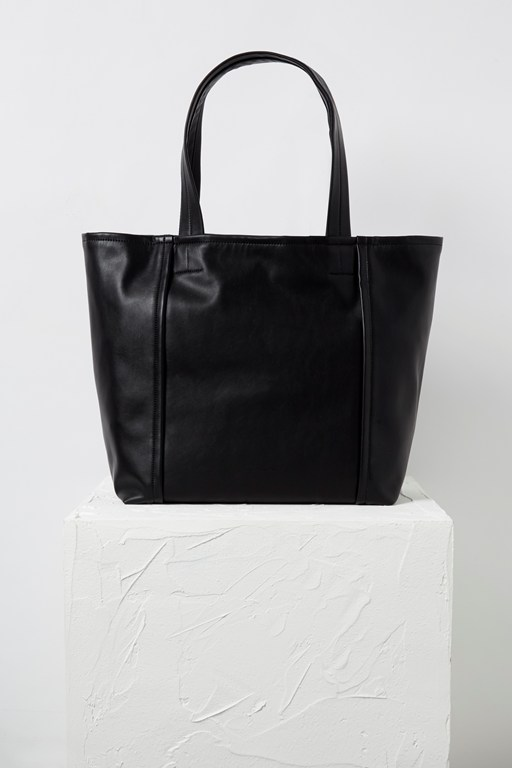 Complete the Look Effy Slouchy Tote Bag