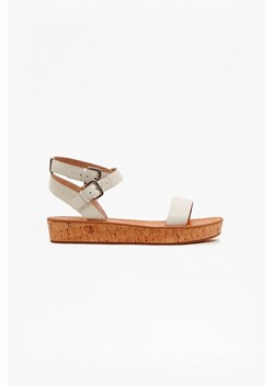Jaclyn Flat Leather Sandals
