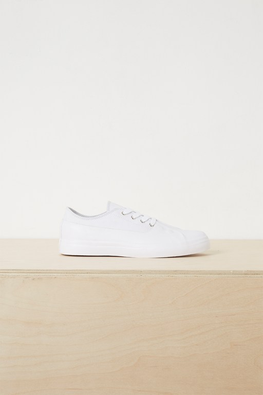 Complete the Look Alex Rubber Canvas Eyelet Trainers