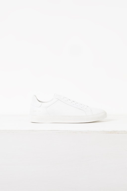 Complete the Look Larsa Logo Trainers