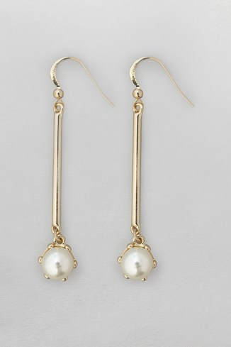 Claw Pearl Drop Earrings
